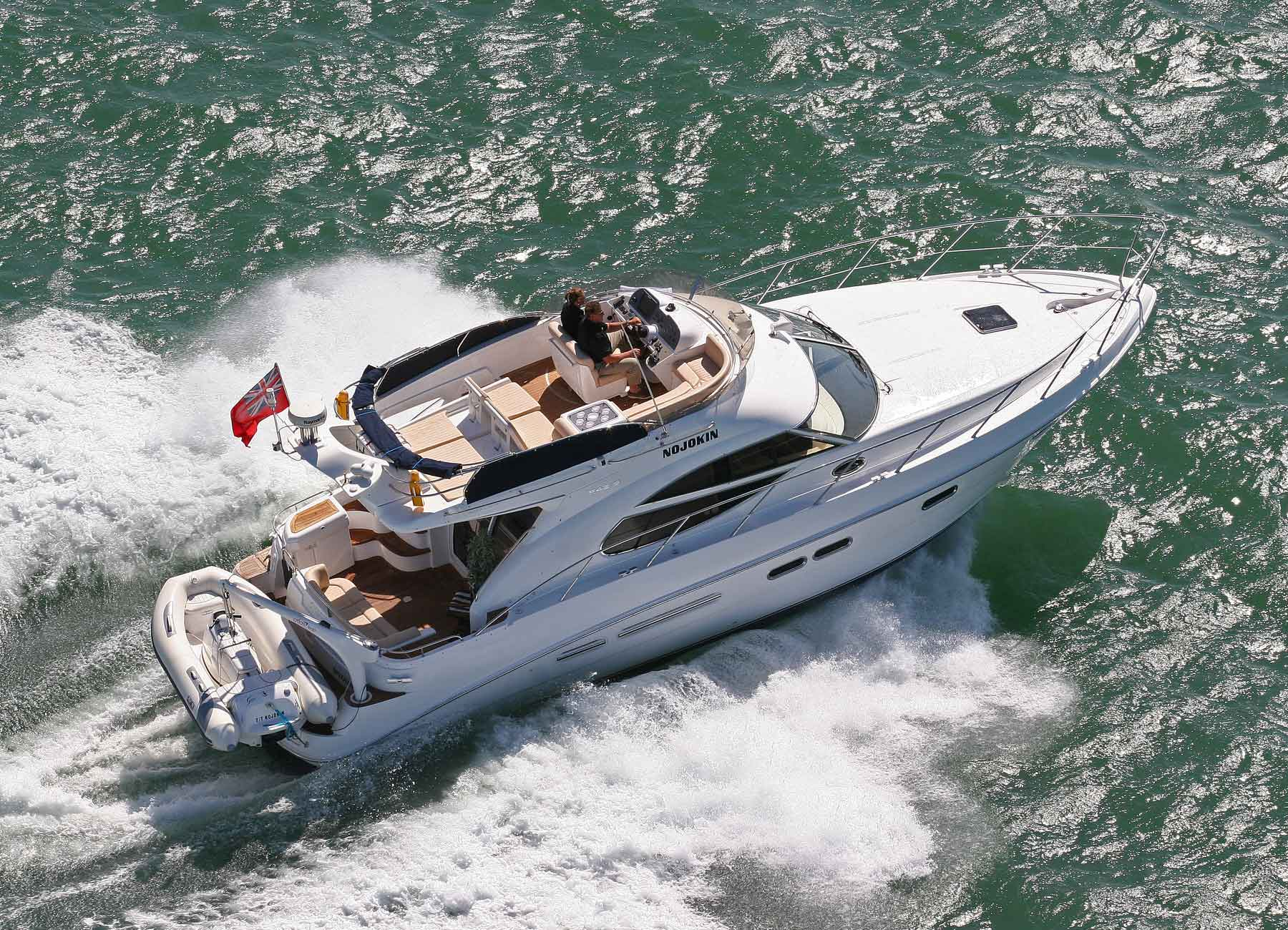 clarity yacht charter  5 specification