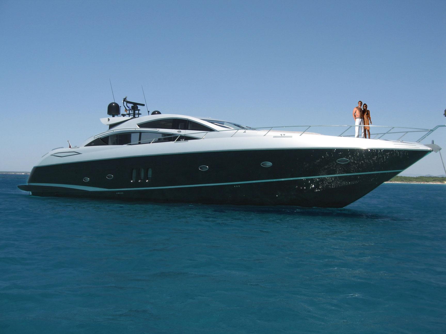 Clarity Yacht Charter Sunseeker Predator 82  : sunseeker predator 82 anchor from www.clarityyachts.com size 1728 x 1296 jpeg 185kB